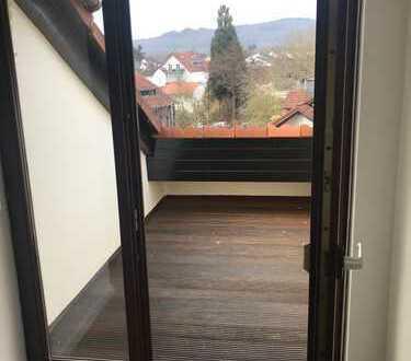 Schöne und sonnige 2-Zimmer Dachgeschosswohnung in Kelkheim-Hornau