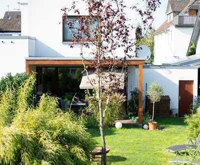 3-Zimmer-Haus in Rösrath · 18 qm überdachte Terrasse · Garage · Zentral und ruhig