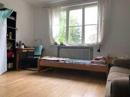 Nette Wohnung sucht eine Mitbewohnerin