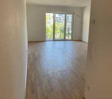 Erstbezug: 3-Zimmer-Wohnung mit Balkon und Einbauküche in Frankfurter Top-Lage