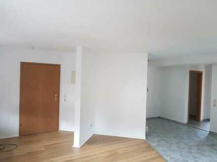 Erstbezug nach Sanierung: ansprechende 2-Zimmer-Wohnung mit Balkon in Weißenbrunn