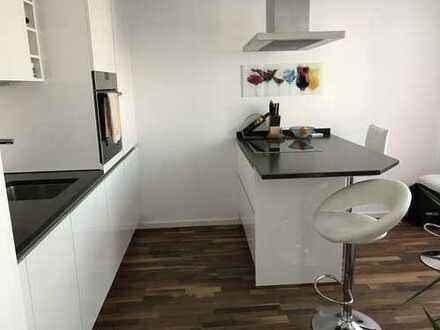 Hochwertig ausgestattete 2-Zimmer-Wohnung mit Balkon und Einbauküche in Trudering, München
