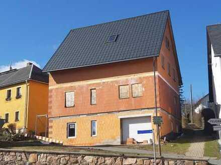 *ROHBAU zum SELBSTAUSBAU* Zweifamilienhaus mit Gartenfläche und Garage, Frauenstein-Erzgebirge