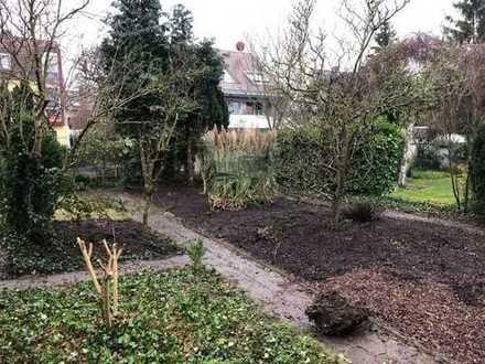 Oststadt!!! Einfamilienhaus mit großem Garten!!!