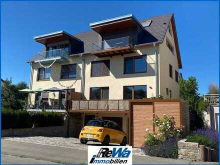 Wohlfühloase auf der Mettnau, 4,5 Zi.-Maisonettewohnung mit Teilseesicht, Garage und Garten!