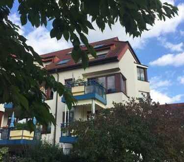 Maisonette-Wohnung im DG - Grundfläche 103 m3 - Balkon in Westlage