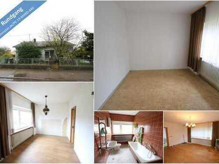 BIETERVERFAHREN - Bungalow mit guter Raumaufteilung und ausreichend Nutzfläche mit Garten