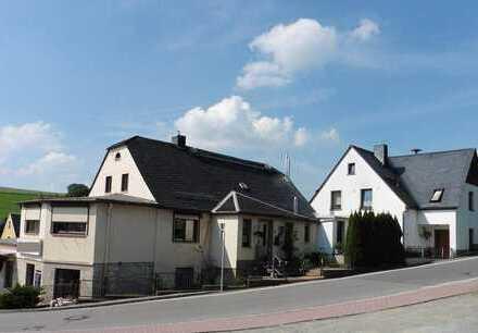 Zwei Häuser - ein Preis. Versteigerung am 24.09.2019