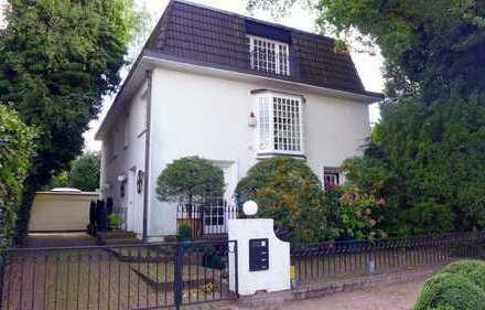 Elbchaussee - Großzügige Maisonette-Wohnung in Hamburg-Blankenese