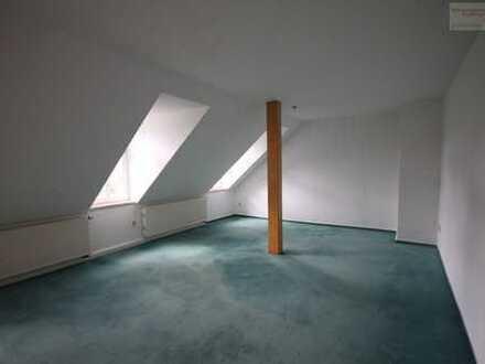 Schicke Dachgeschosswohnung auf der Parkstraße in Annaberg!
