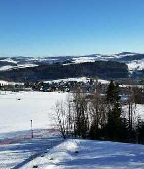 Wohnen, wo andere Urlaub machen-Genießerwohnung mit faszinierendem Blick übers Erzgebirge