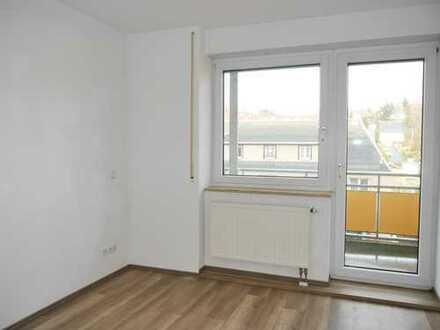 Schöne 3-Raum-Wohnung mit Balkon