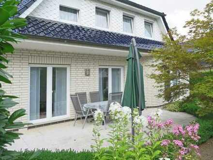 Sehr gepflegtes freistehendes Einfamilienhaus mit Garage + Garten in ruhiger Wohnlage in Huchting