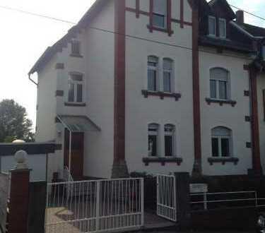 Schönes großes 1-Fam.-Haus mit sieben Zimmern und Garten in Toplage von WI-Sonnenberg