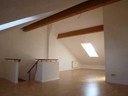 Charmante 3-Zimmer-Maisonette Wohnung in Poing