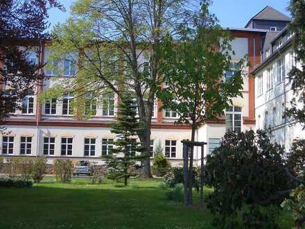 Große,sonnige Wohnung in Zentrumsnähe mit gestaltbarem Wohnungsgrundriss