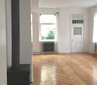 gründerzeit wohnung,büro,loft,atelier. mit vorgarten,repräsentativ,sehr hohe decken