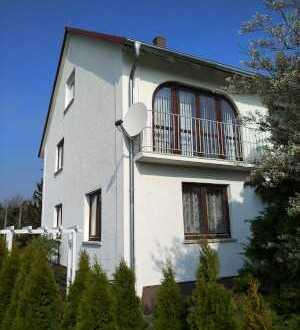 Gepflegtes Ein- bis Zweifamilienhaus in Tannhausen