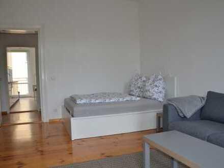 Neuwertige 1-Zimmer-Wohnung mit Balkon und EBK in Herrenberg