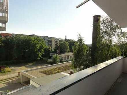 Helle & großzügige 3-Zimmer-Wohnung mit Parkett und Balkon! - Erstbezug!