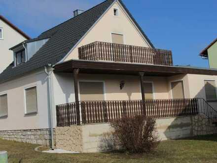 Freundliches 5-Zimmer-Einfamilienhaus in Kümmersbruck Preis VB