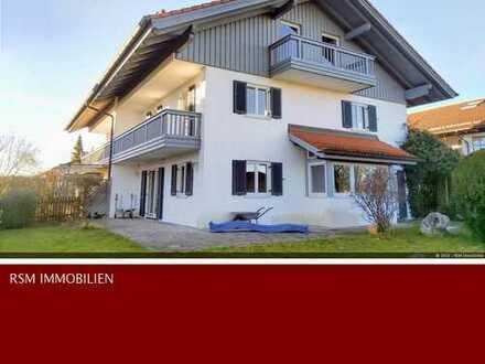 Großzügige lichtdurchflutete Doppelhaushälfte in Sindelsdorf
