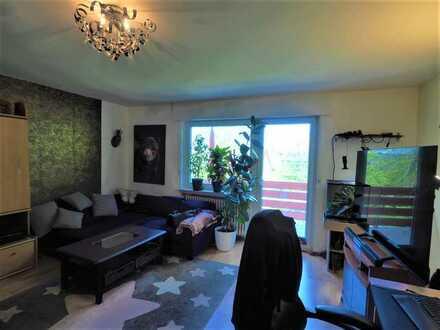 Zentrales Wohnen in Höhenhaus ! 2 Zi.-Whg., 55 m², 2. OG mit N-W-Balkon u. Gartenmitnutzung!