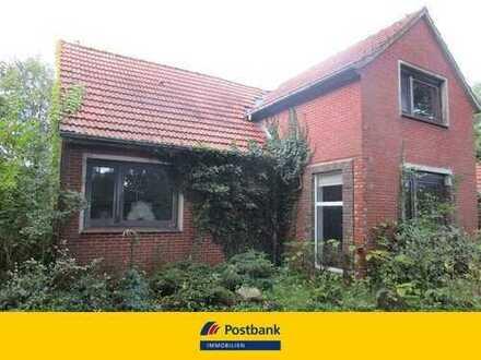 PROVISIONSFREI für den Käufer: Alleinlage - Geräumiges Wohnaus auf großem Grundstück