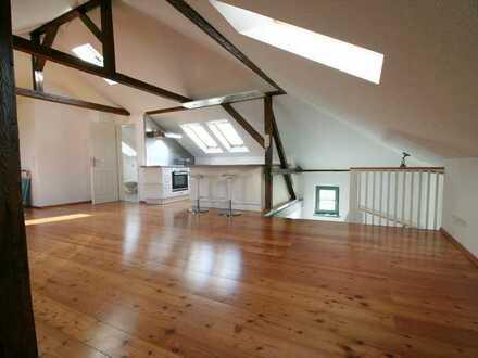 Achtung tolle Dachgeschosswohnung in DD-Cossebaude -Einbauküche + Parkett + Blick