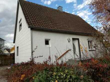 Schönes Haus mit fünf Zimmern in Konstanz (Kreis), Singen (Hohentwiel)