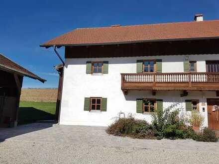 Doppelhaushälfte mit EBK in der Nähe von Arnstorf zu vermieten.