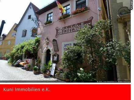 Großes Haus mit 521 m² Gesamtfläche und 227 m² Wohnfläche, Gaststättenlizenz und Gewölbekeller!