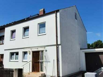 ** sonnig & ruhig - 109m² Wfl / 4 Zimmer renovierungsbedürftiges Reiheneckhaus in Gersthofen
