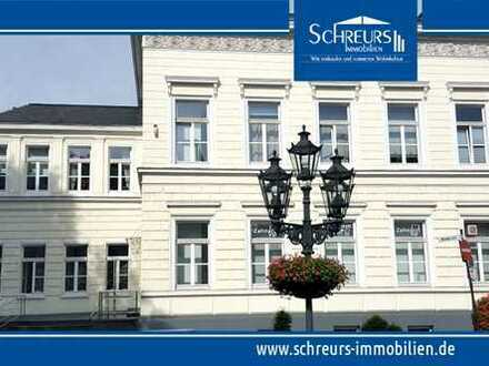Stilvolle 2,5-Zimmer-Wohnung mit Aufzug in historischem Stadthaus im Herzen von Uerdingen!