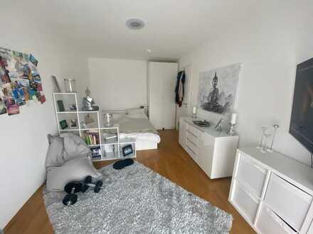 Geräumiges, helles und ruhiges Zimmer in großer, moderner Neubau-WG inkl. 2 Bädern, Garten/Terrasse