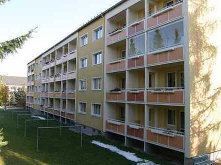 Wohnung Hochparterre mit Balkon