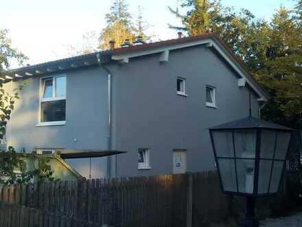 DHH Neubau in Waldtrudering mit Garten und angrenzendem Waldgrundstück