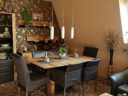 Gemütliche 4 Zimmer-Eigentumswohnung mit Rundumsicht in Leipheim