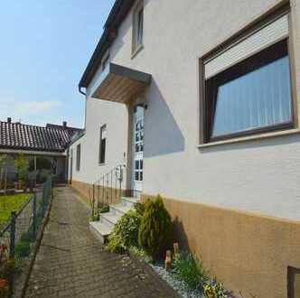 Zweifamilienhaus mit Gewerbeeinheit in HN-Böckingen zu verkaufen.