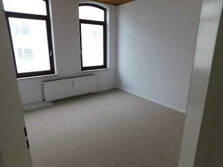renovierte 3 Zimmer, Küche, Bad mit Balkon