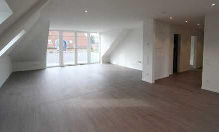 Hochwertige Dachgeschoss-Neubau-Wohnung mit Top Anbindung nach Aachen!