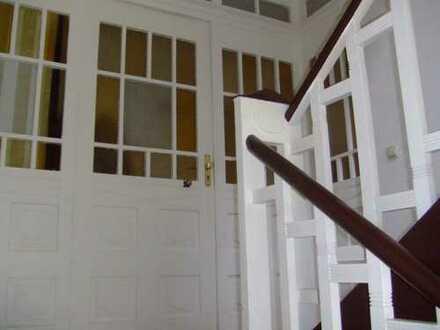 3-4 Zimmerwohnung in herrlicher Lage an der Orangerie mit ca 80 m² Wohnfläche