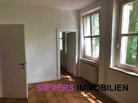 4 Zimmer Erdgeschosswohnung mit EBK und Stellplatz im Grünen