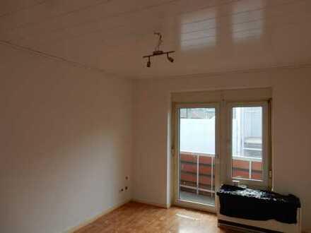 2 Zimmer Zentrum in Wesel, neben der Fußgängerzone mit Küche,Bad,Balkon,Keller, renoviert