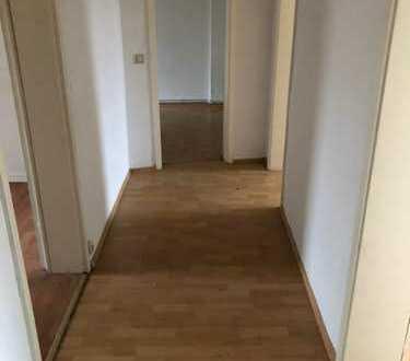 Großzügige 4 Zimmer Wohnung in Wilhelmshaven!