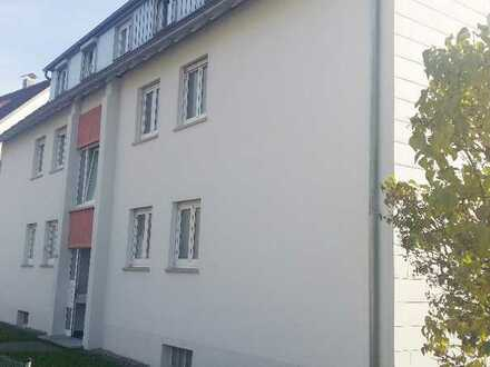Helle drei Zimmer DG-Wohnung in Göppingen (Kreis), Göppingen