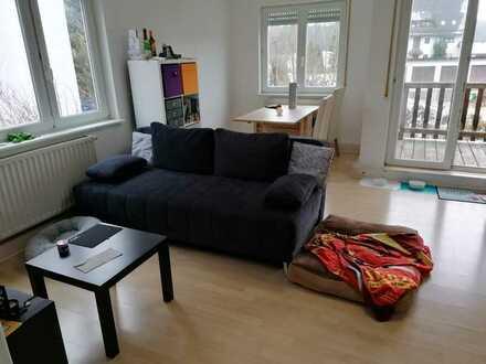 *** Schöne 2-Zimmer-Wohnung in Unterhaugstett ***