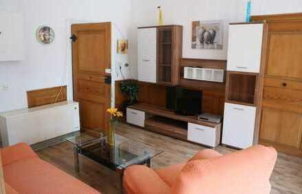 Top gepflegte 2 Zimmer Wohnung mit 4 Betten, TV sowie HMS in 75365 Calw, WM pauschal 650€