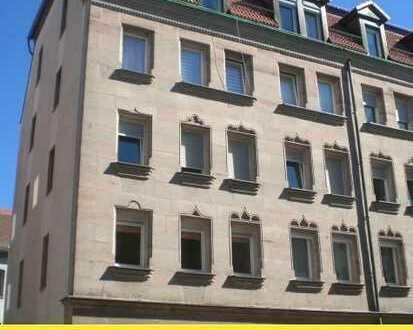 Im Paket ! 2 x 3 Zi. ETW mit Dachboden zum Ausbau N-Schoppershof
