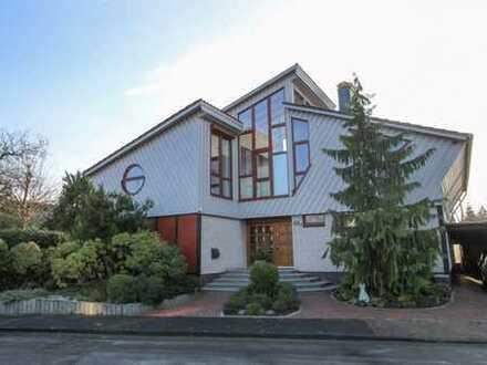 Charaktervolles und individuell gestaltetes Architektenhaus mit viel Ausstrahlung in Sackgassenlage